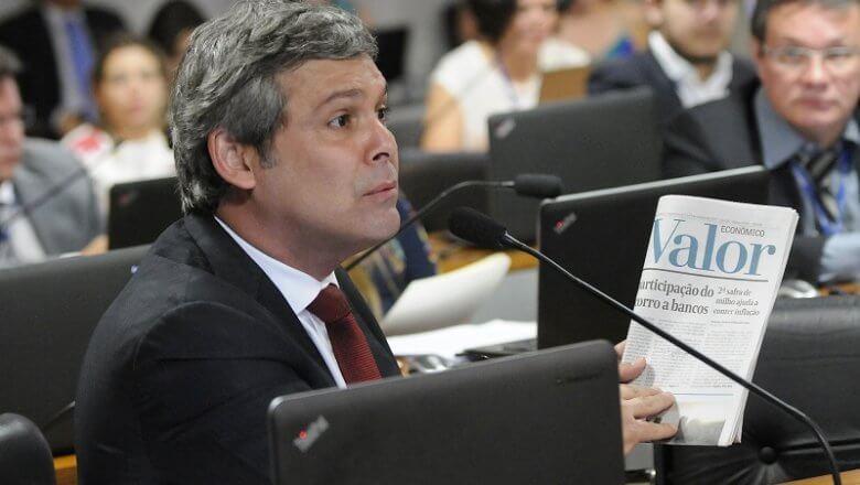 Parlamentares criticam ato digno de ditaduras dentro da UFMG