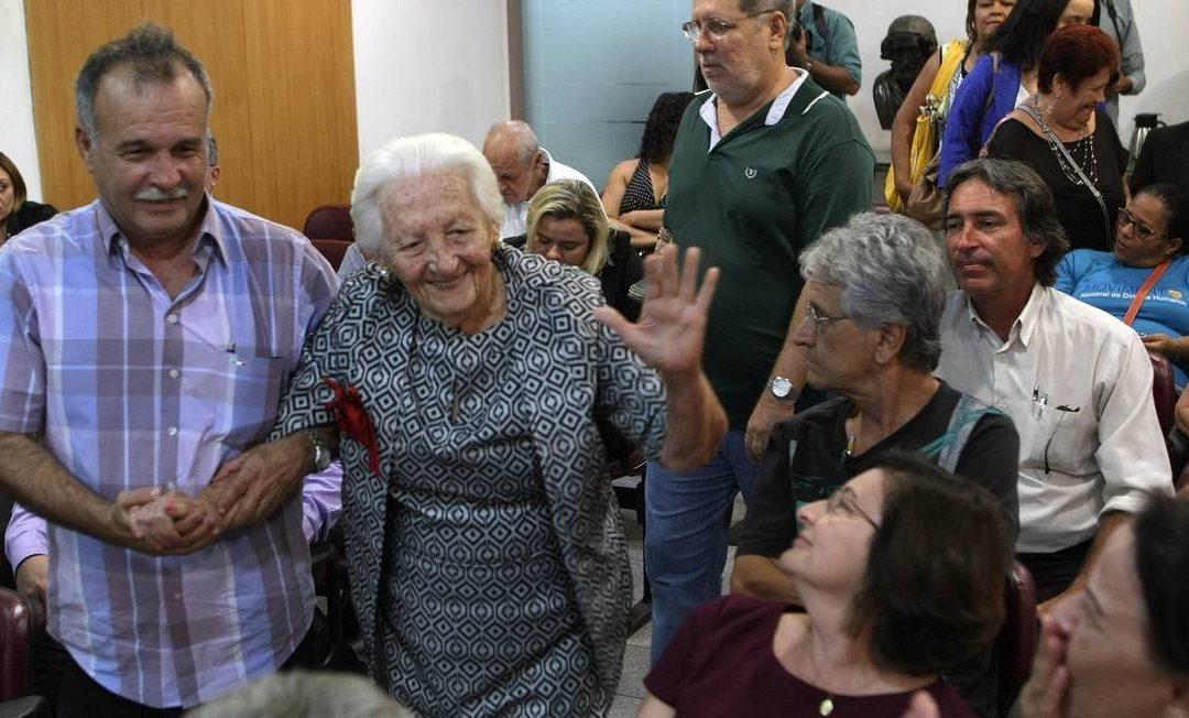 Morre Elzita Santa Cruz, após 45 anos de busca por notícias do filho desaparecido na ditadura