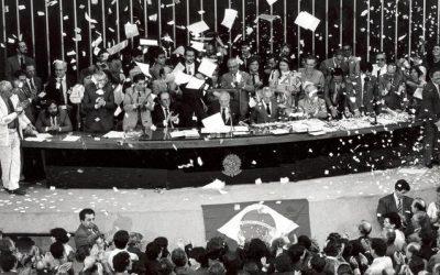 3 de agosto: fim da censura no Brasil